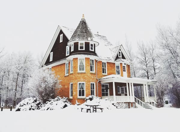 4 Reasons Winter is a Great Time to Sell Your Home.jpg