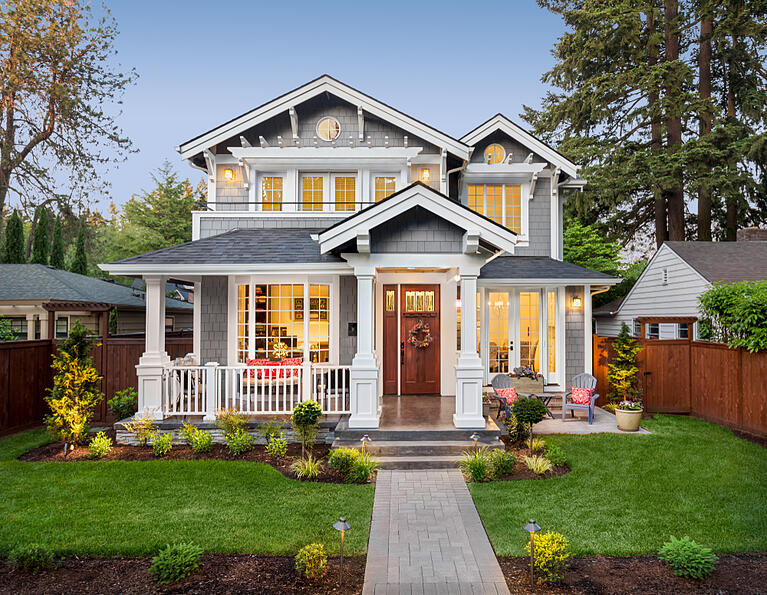 exterior-home-staging