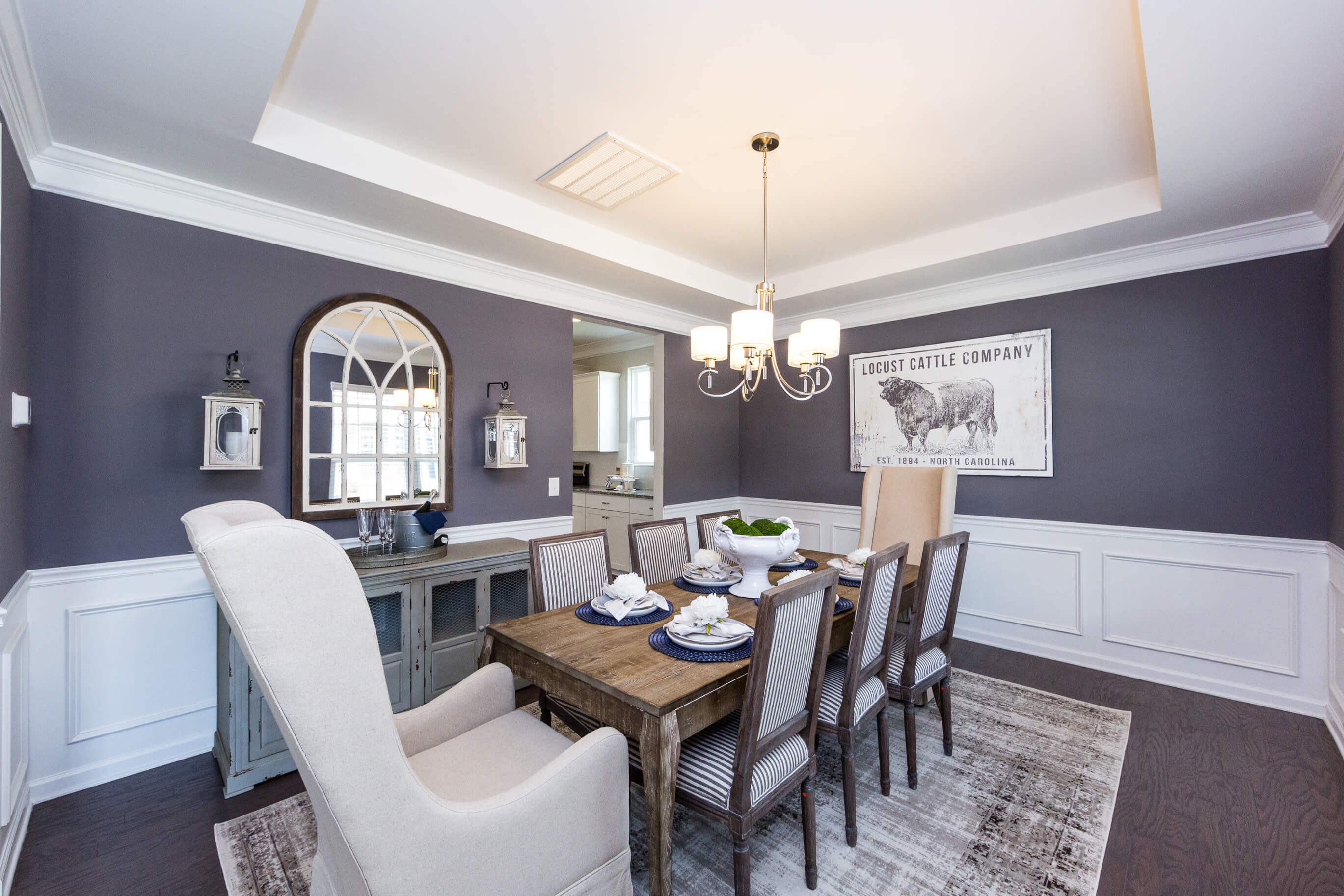 Embrace Nostalgia For Holiday Home Staging, How To Stage Your Dining Room Table